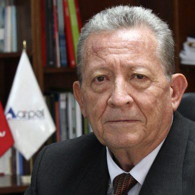 ¿Quién es James Atkins, el nuevo presidente de Petroperú?