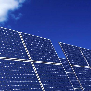 Ejecutivo prepara propuesta para modificar marco regulatorio de energías renovables no convencionales