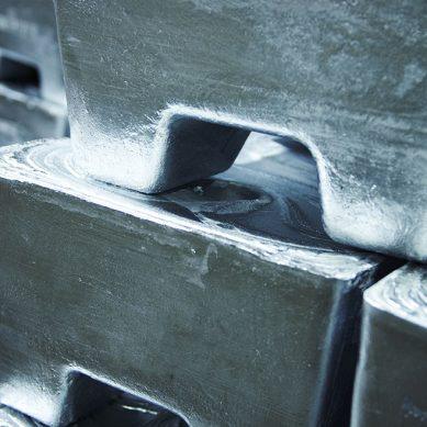 Reporte del ILZSG: Hay déficit de plomo y zinc refinados en el mundo