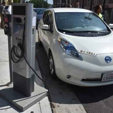 Demanda mundial de autos eléctricos va en aumento, lo demuestra la AIE