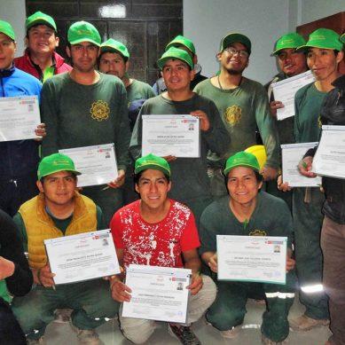Certifican a la primera promoción de capataces en explotación de mina subterránea