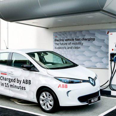 ABB lanzará primer cargador rápido para autos eléctricos en Perú