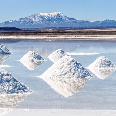 Bolivia y consorcio chino industrializarán litio con inversión de US$2,300 millones