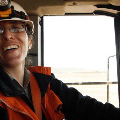 «Mujeres de oro»: última semana para postular a programa de Hochschild Mining