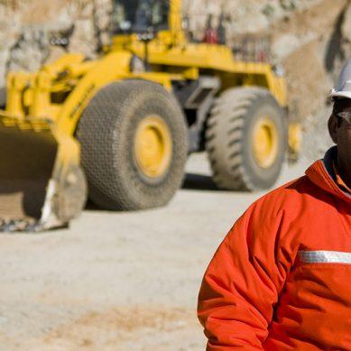 Teck suspende construcción de proyecto minero en Chile, en el que participa peruana Cosapi