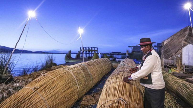 Inversión pública llevó servicio eléctrico a más de 44 mil personas en siete regiones del Perú