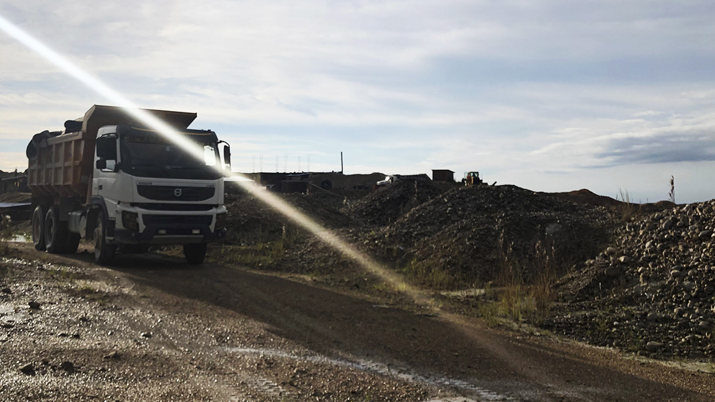 Gobierno planea invertir US$788 millones en asfaltado de corredor minero que utiliza MMG