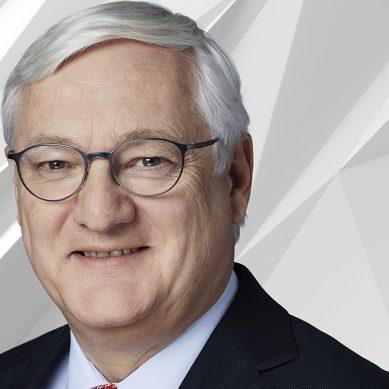 ABB nombra a Peter Voser como CEO interino por la renuncia de Ulrich Spiesshofer