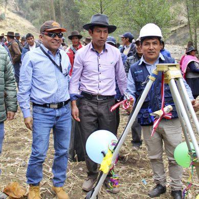 Minera Antamina financia canal de riego de 13 km para nueve comunidades campesinas