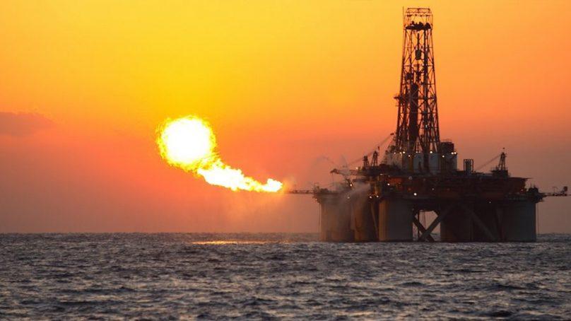 El precio del petróleo besa la lona y cae a mínimos de casi dos décadas