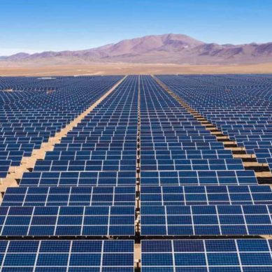 Petrolera Repsol inicia la construcción de su primera planta solar
