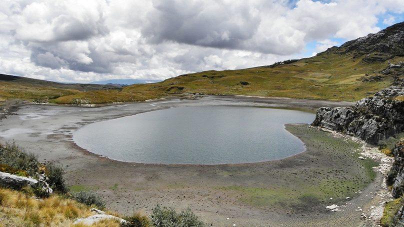 Yanacocha investiga turbidez hídrica en caserío de Totoracocha