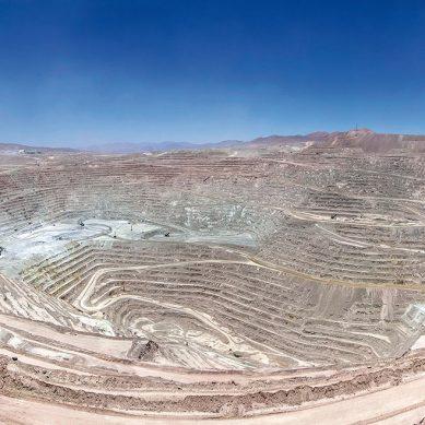 Detectan 79 casos COVID-19 en la mina con mayor producción de cobre del mundo