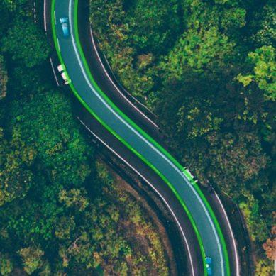 Vehículos eléctricos: Suecia tendrá la primera carretera del mundo de carga inalámbrica
