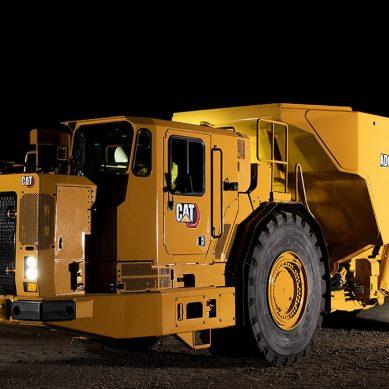 Cat AD63, el nuevo camión subterráneo articulado de la marca de la oruga