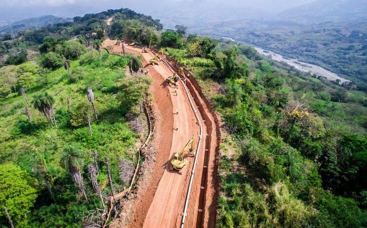 Colombia sopesa intervenir en tarifas de los oleoductos