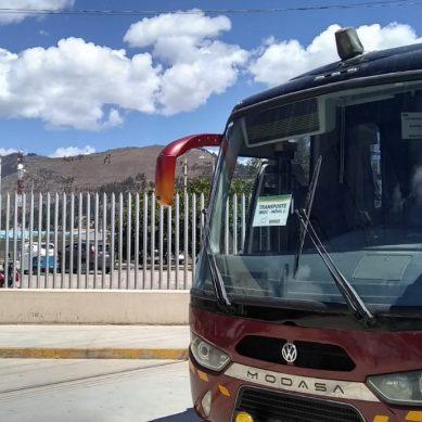 Cajamarca: Yanacocha habilita buses para traslado diario de 160 profesionales de la salud