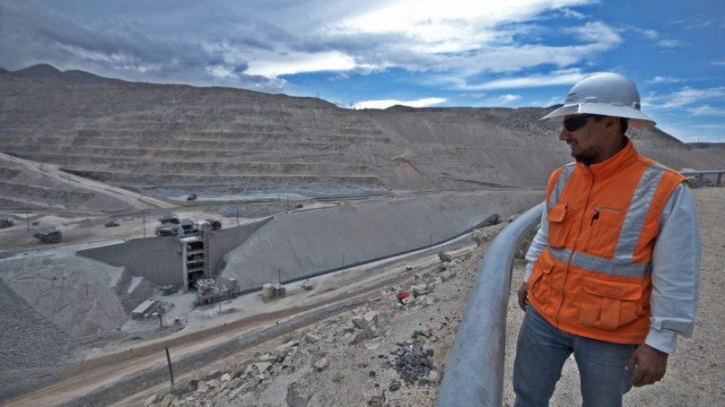 Gobierno amplía plazo para que titulares  mineros acrediten inversión mínima