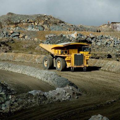 Valentín Choquenaira: «Minería, el pilar fundamental de la recuperación económica»