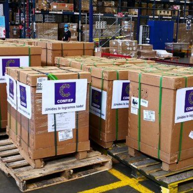 Confiep entrega primeros diez ventiladores mecánicos de un total de 237 que donará