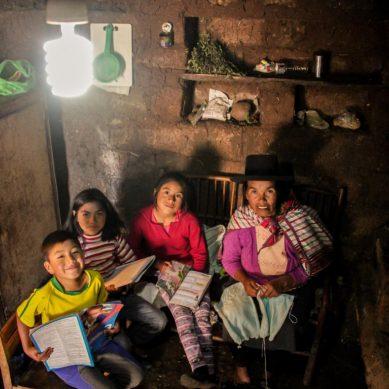 Minem: 80% de hogares de 10 regiones del Perú se beneficiarán con Bono Electricidad